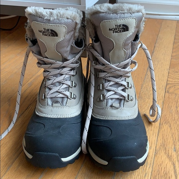 ccd090fbe The North Face snow boots